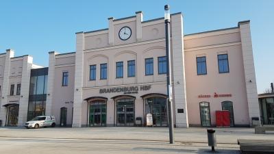 BahnhofB RB